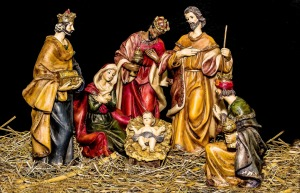 christmas-crib-figures-1905869_1920