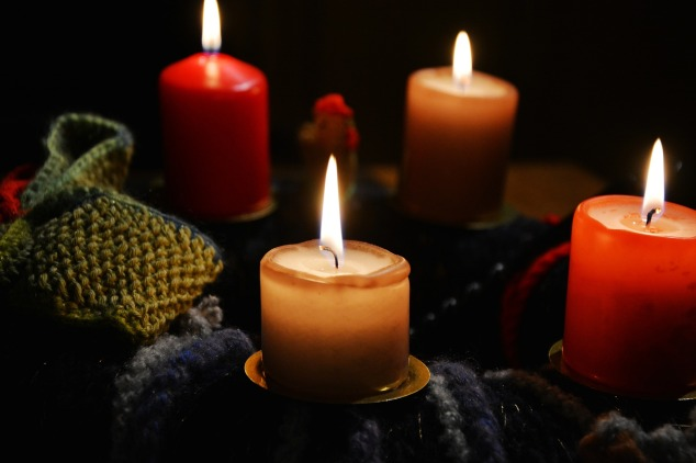 candles-1925292_1920.jpg