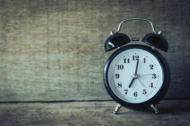 accurate-alarm-alarm-clock-analogue-359989