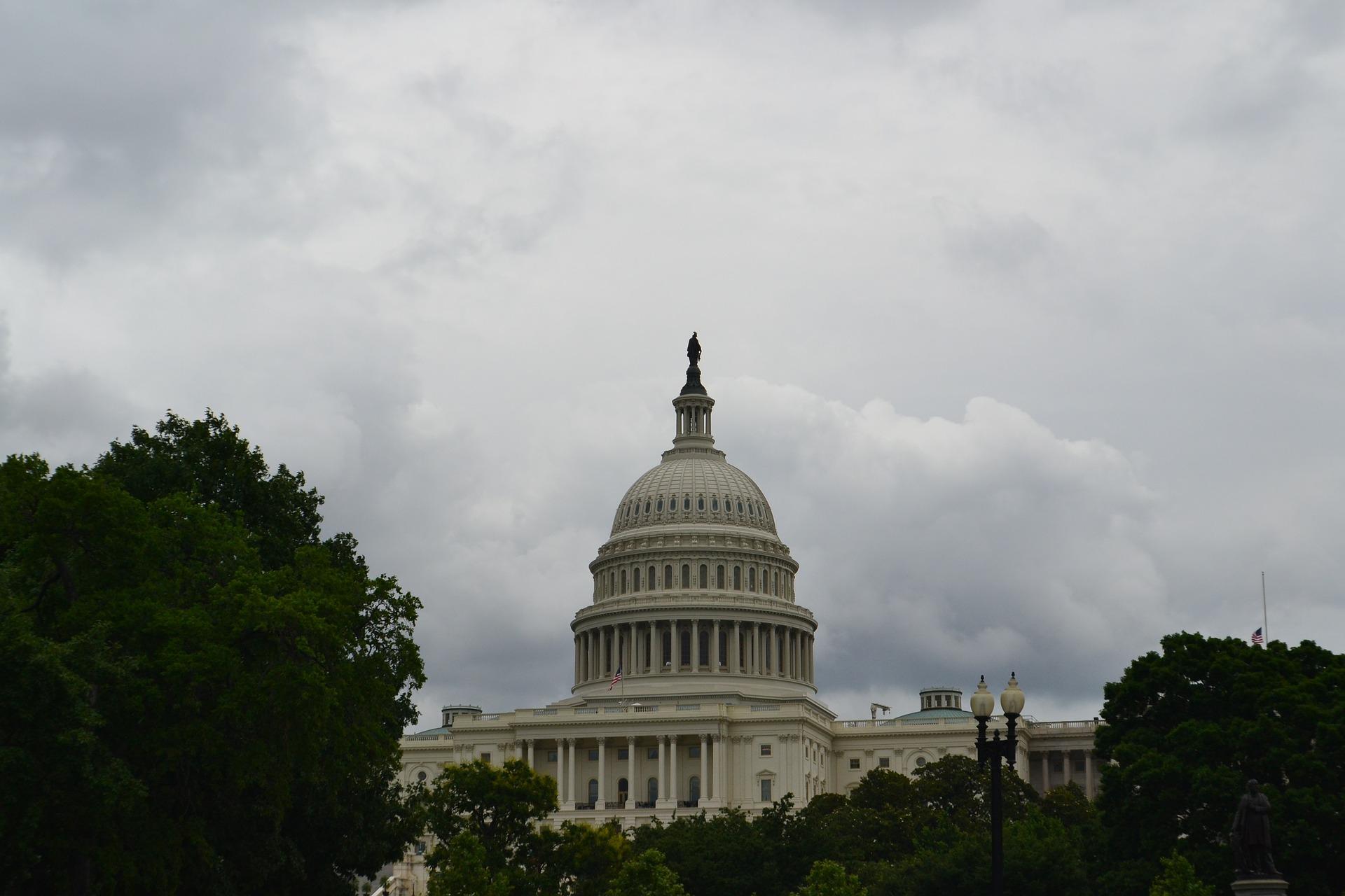 capitol-building-500528_1920