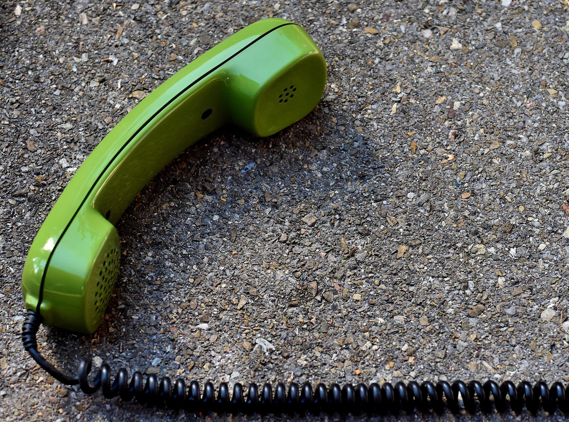 telephone-handset-3179133_1920