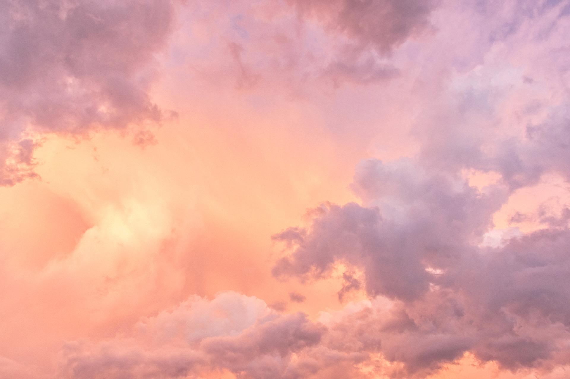 sky-4086848_1920